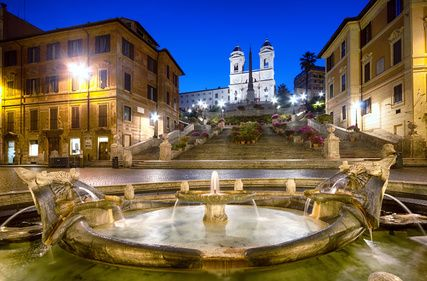 Valentines Day - Spanish steps in Rome at night