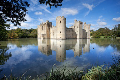 Places to celebrate St George's Day: Bodiam Castle
